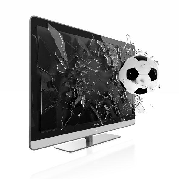 Fußball zerstört Fernseher